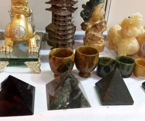 Bản chất và các ứng dụng của đá phong thủy