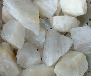 Bán đá thạch anh vụn mầu hồng, trắng, tím.. tự nhiên, giá rẻ chất lượng cực tốt tại Hà Nội