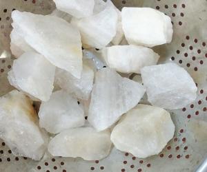 Tại sao đá thạch anh trắng lại được sử dụng nhiều trong phong thủy?